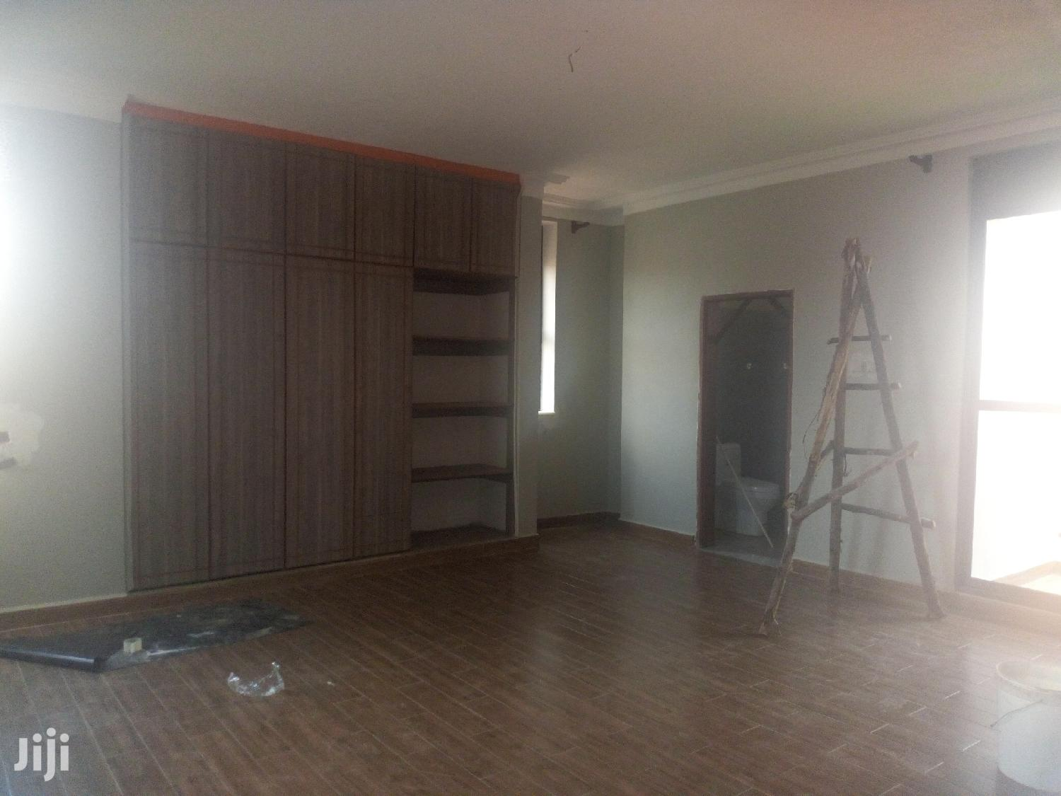 Pent House For Sale In Naalya