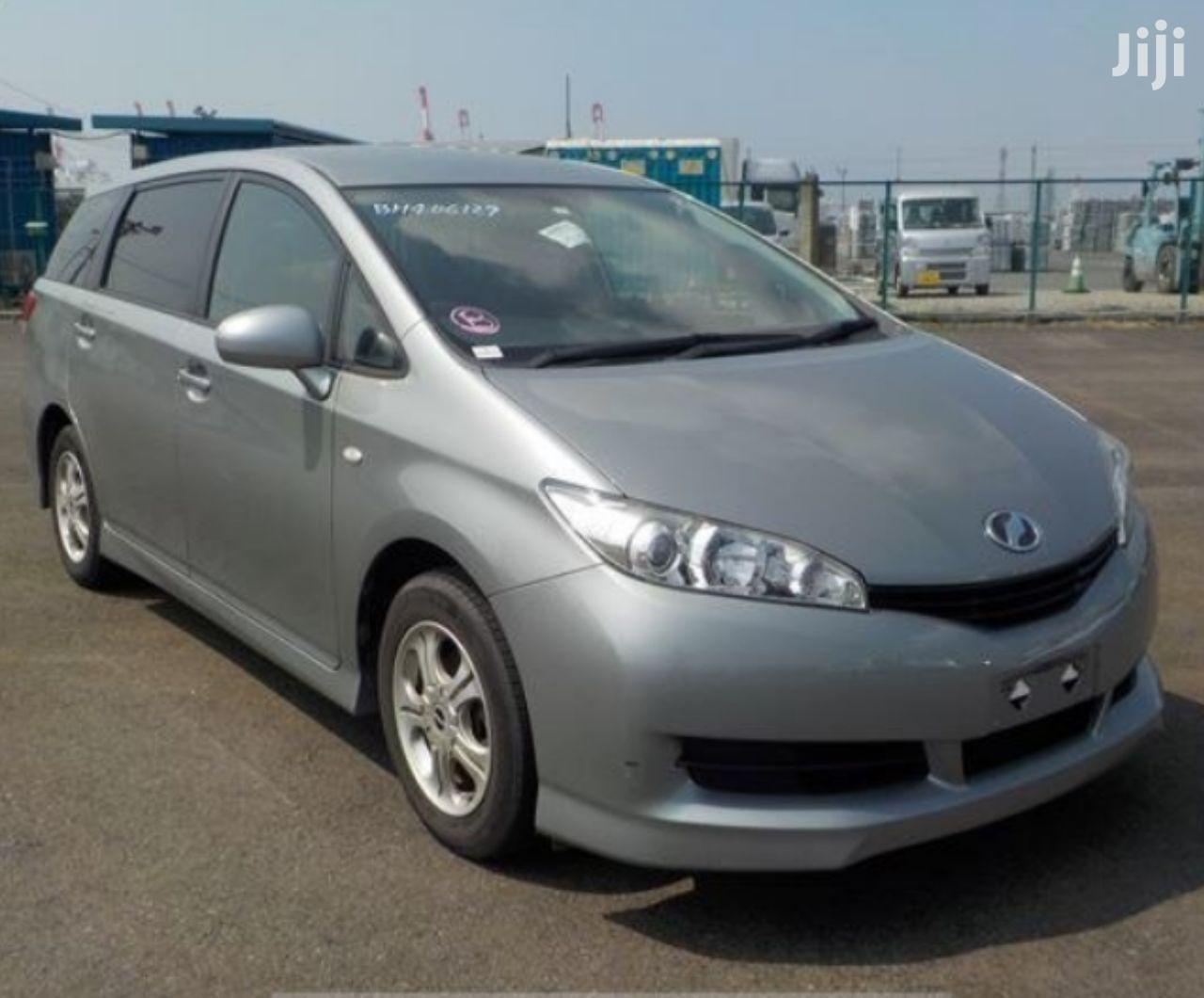 Archive: Toyota Wish 2009 Gray