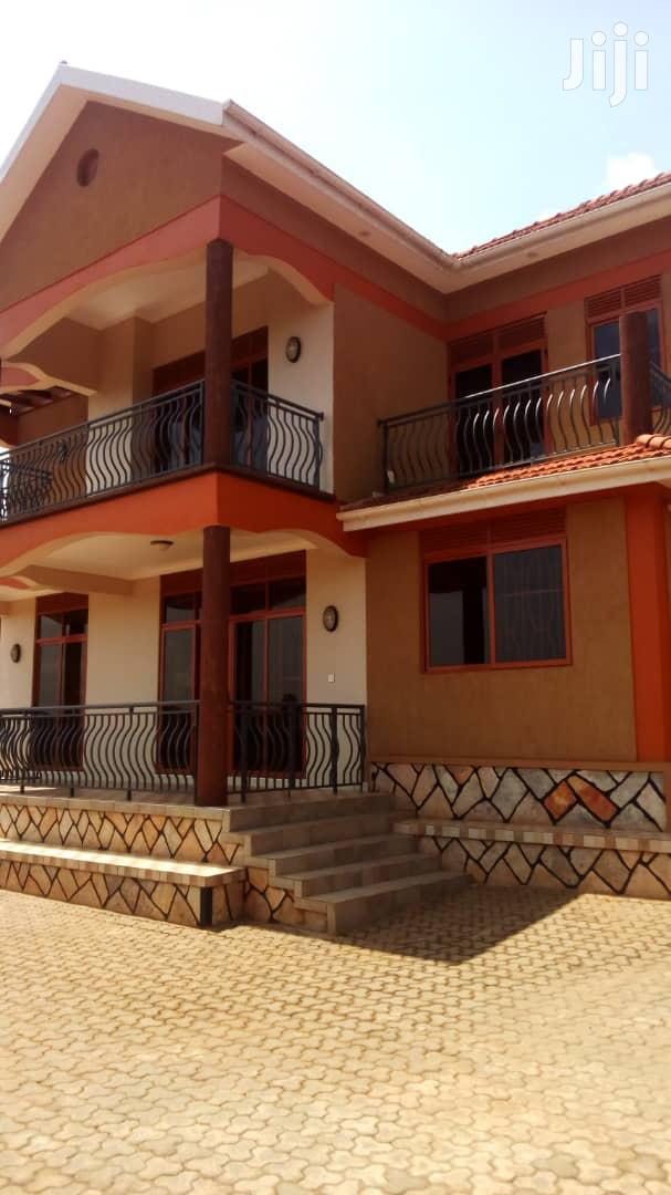 Brand New 4 Bedroom House In Lubowa For Rent