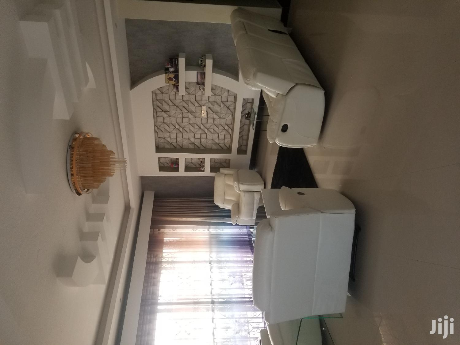 Najjera Six Bedrooms House for Sale With Ready Land Title | Houses & Apartments For Sale for sale in Kampala, Central Region, Uganda