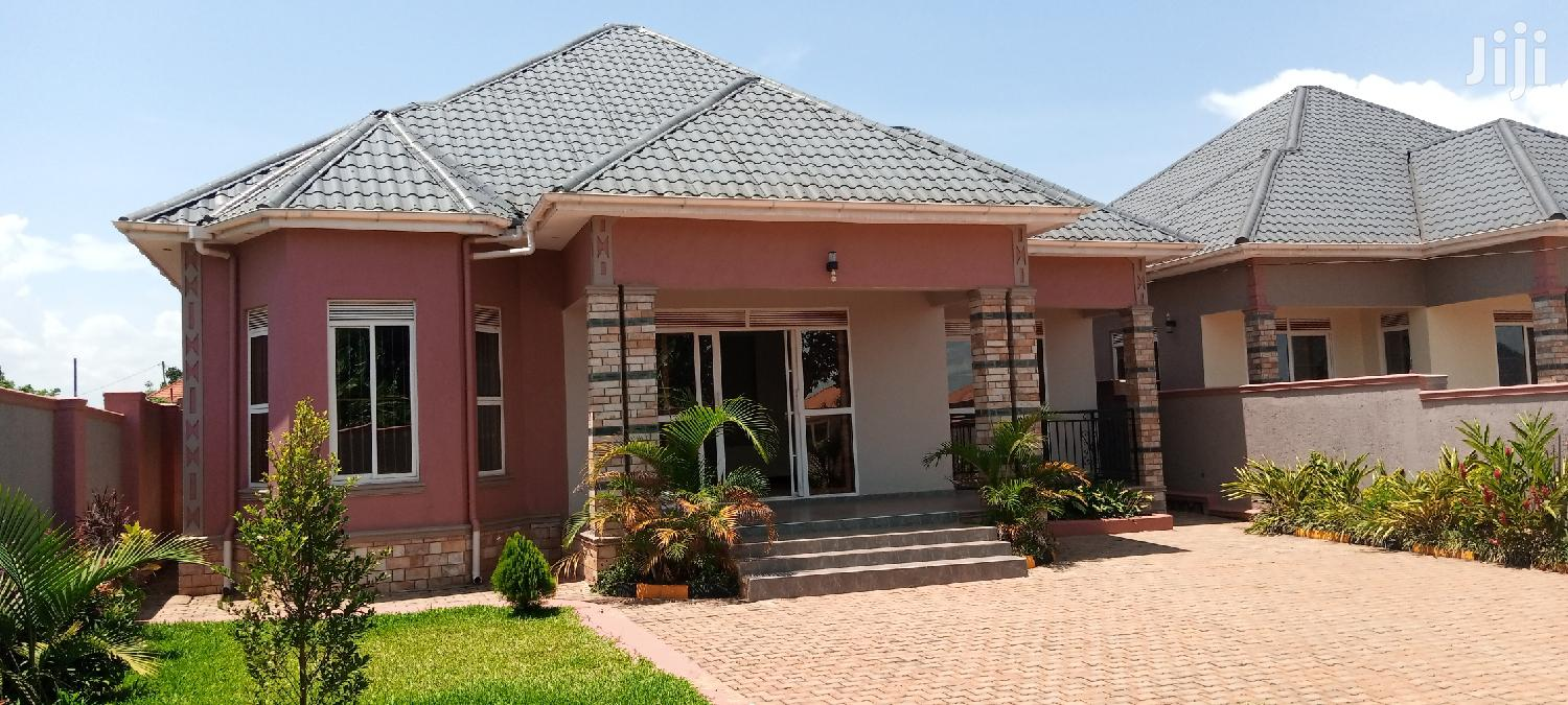 Archive: 4 Bedroom House For Sale Kira