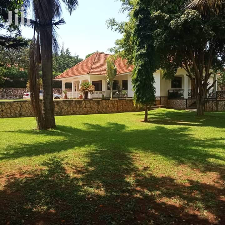 4 Bedroom Bungalow For Sale At Buziga Gaba Road, It Has 4 Bathrooms . | Houses & Apartments For Sale for sale in Kampala, Central Region, Uganda