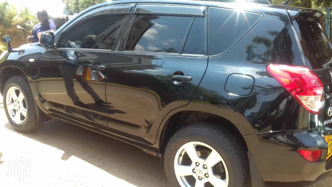 Archive: Toyota RAV4 2005 Black