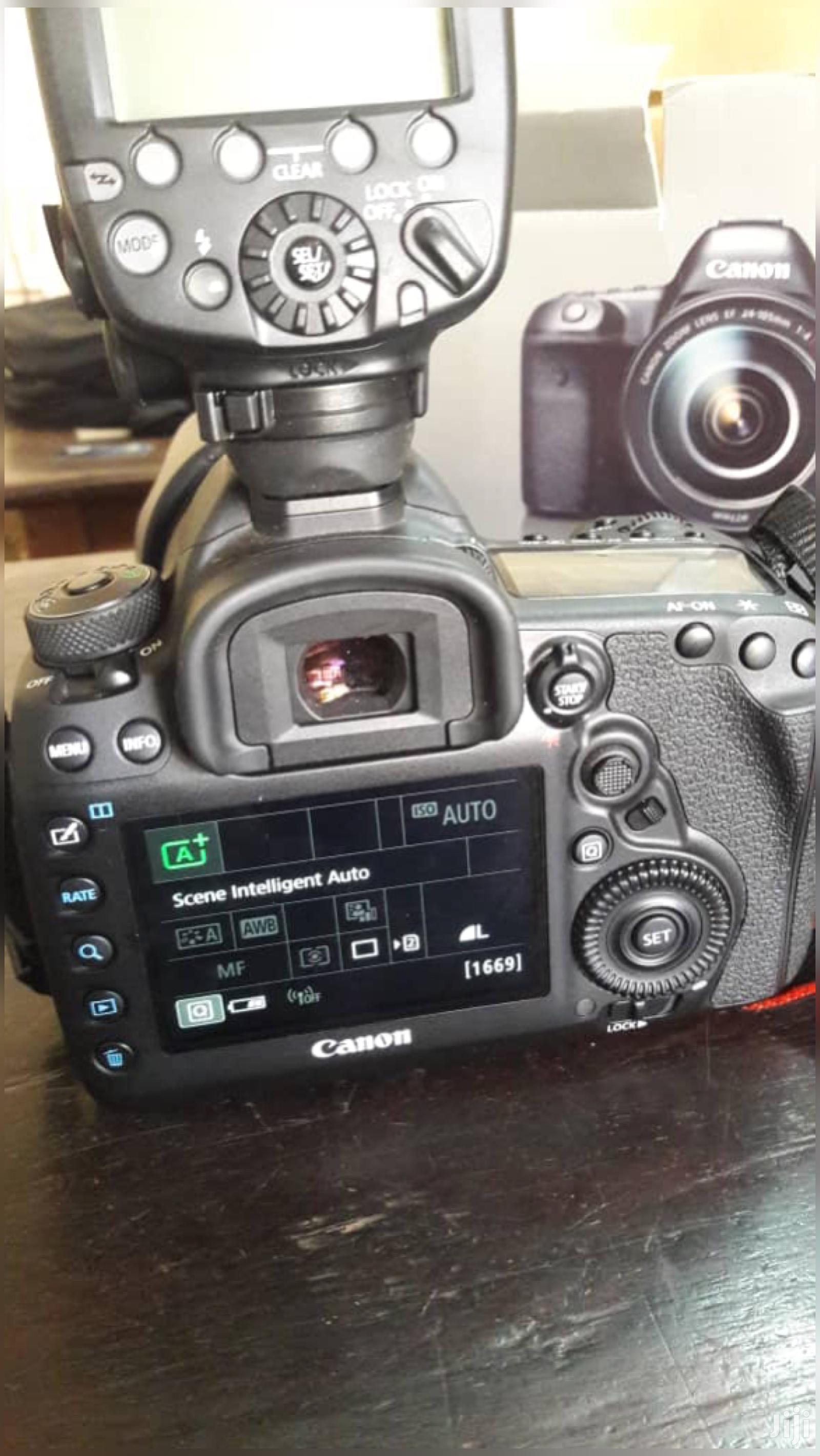 Archive: Canon EOS 5D Mark IV