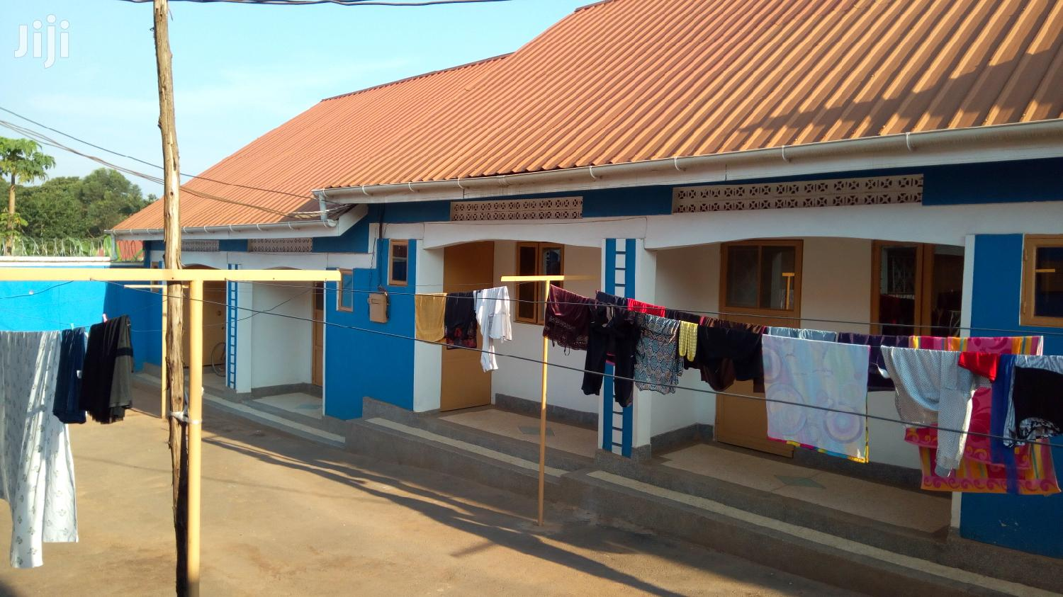 Brand New Double Self Contained In Mukono Nabuti For Rent