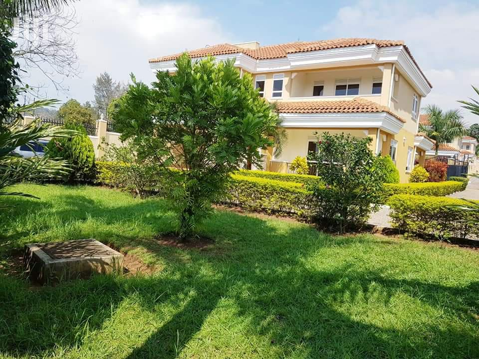 5 Bedroom House In Munyonyo For Sale | Houses & Apartments For Sale for sale in Kampala, Central Region, Uganda