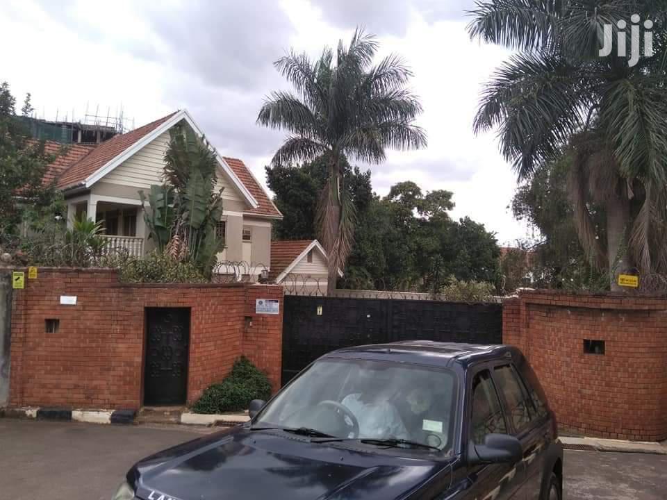 Archive: Muyenga Beautiful House For Sale