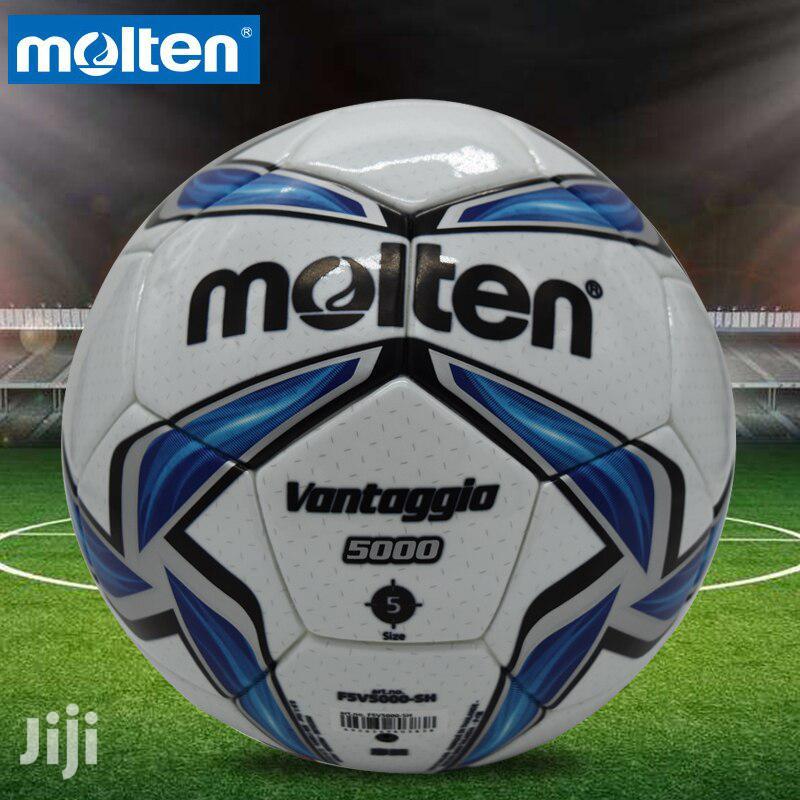 Original FIFA Molten Tubeless Soccerball