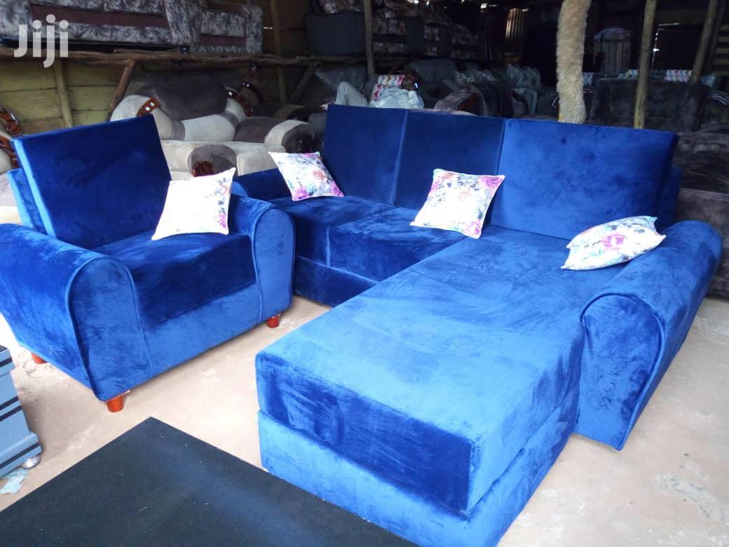 Archive: Comfortable Sofa Set Blue