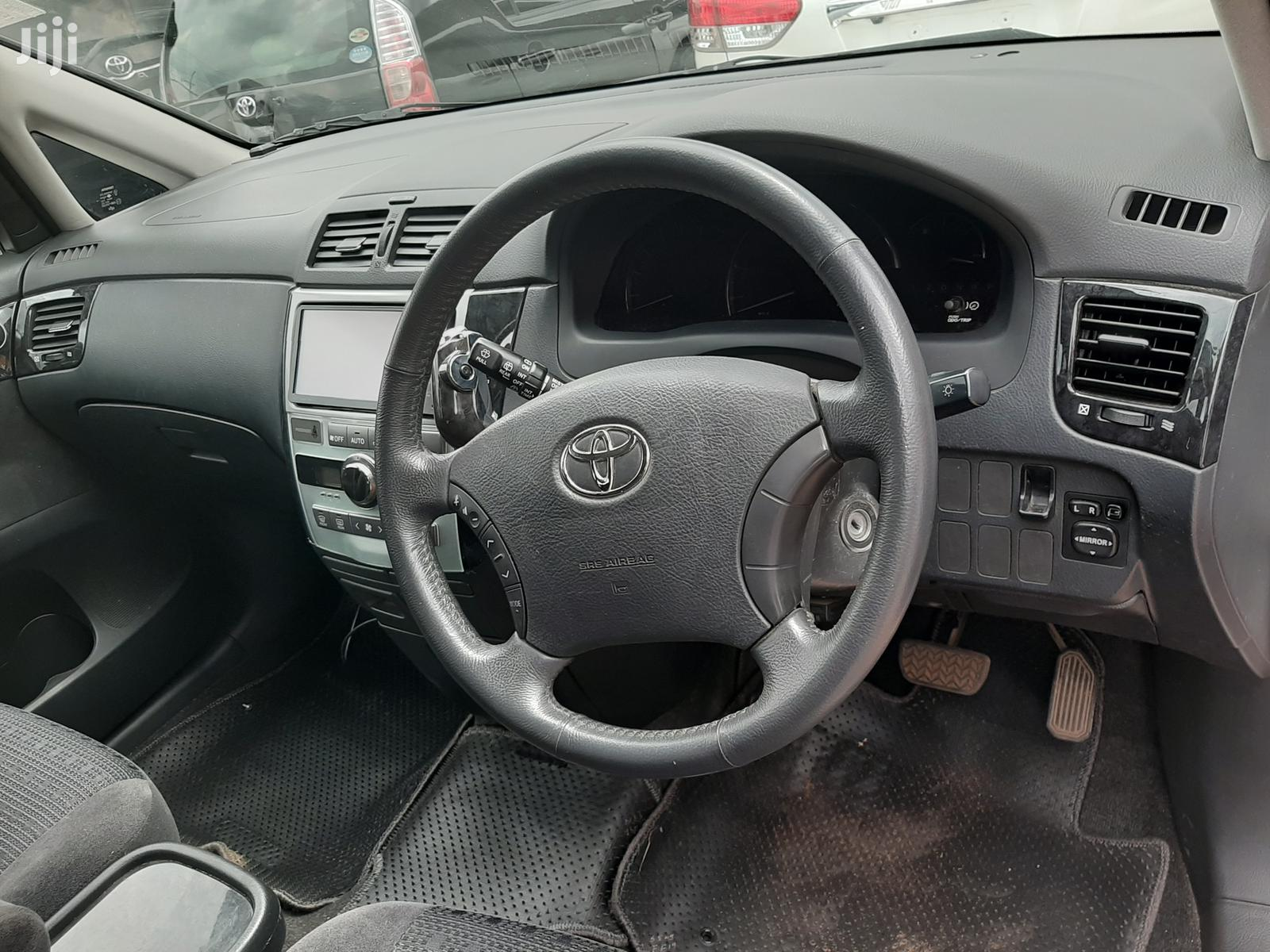 Toyota Ipsum 2006 White | Cars for sale in Kampala, Central Region, Uganda