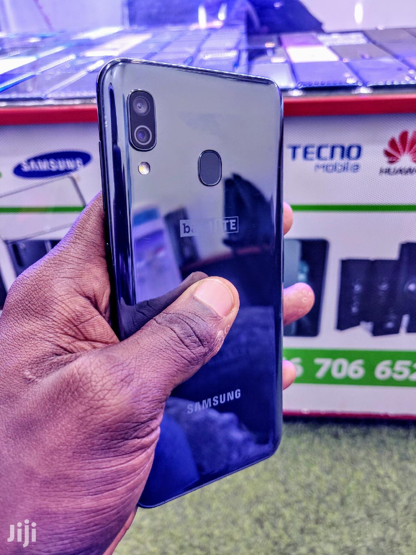 Samsung Galaxy A30 64 GB Black