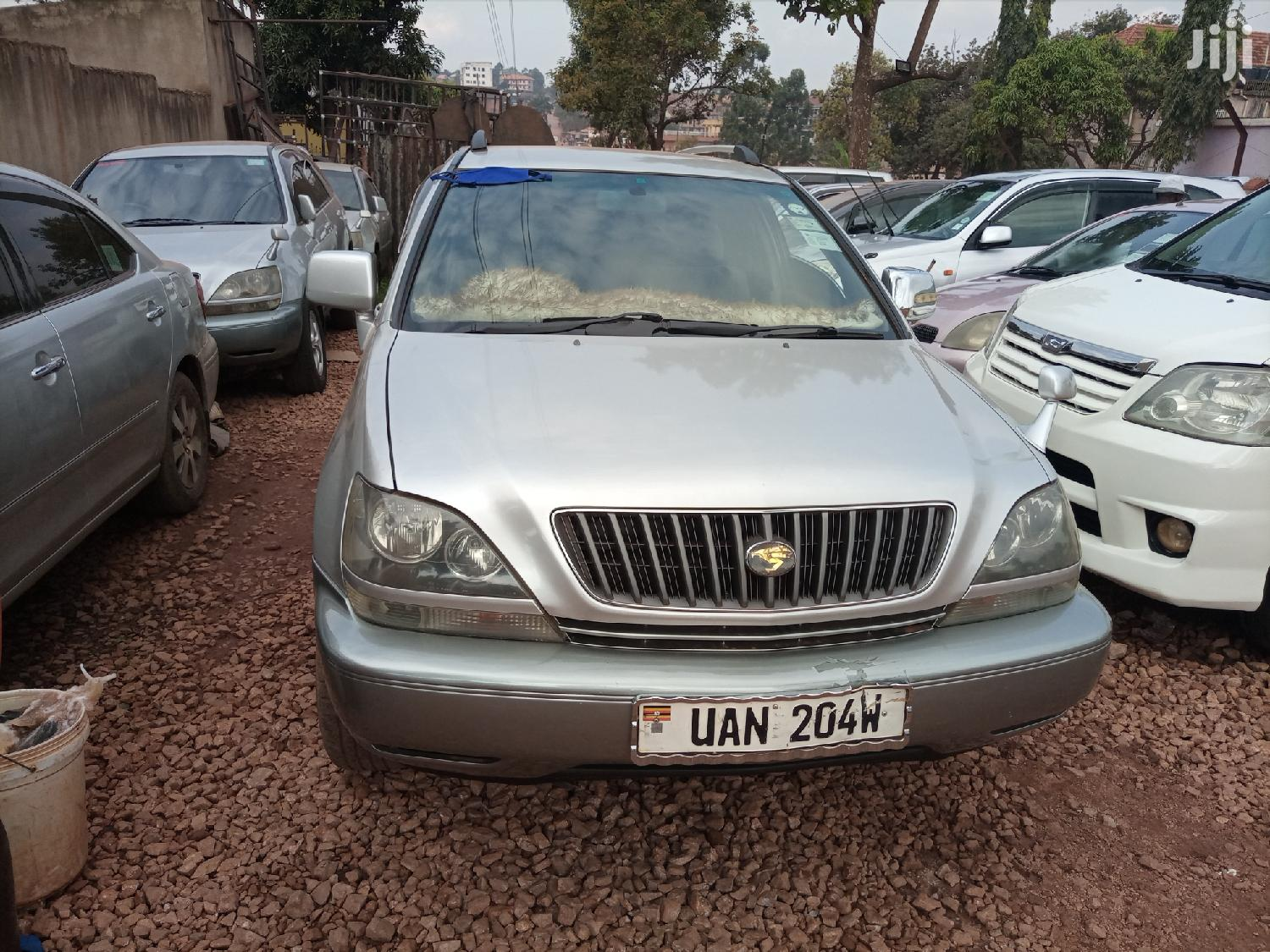Toyota Harrier 2002 Silver