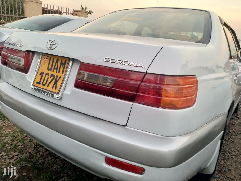 Toyota Premio 2001 White