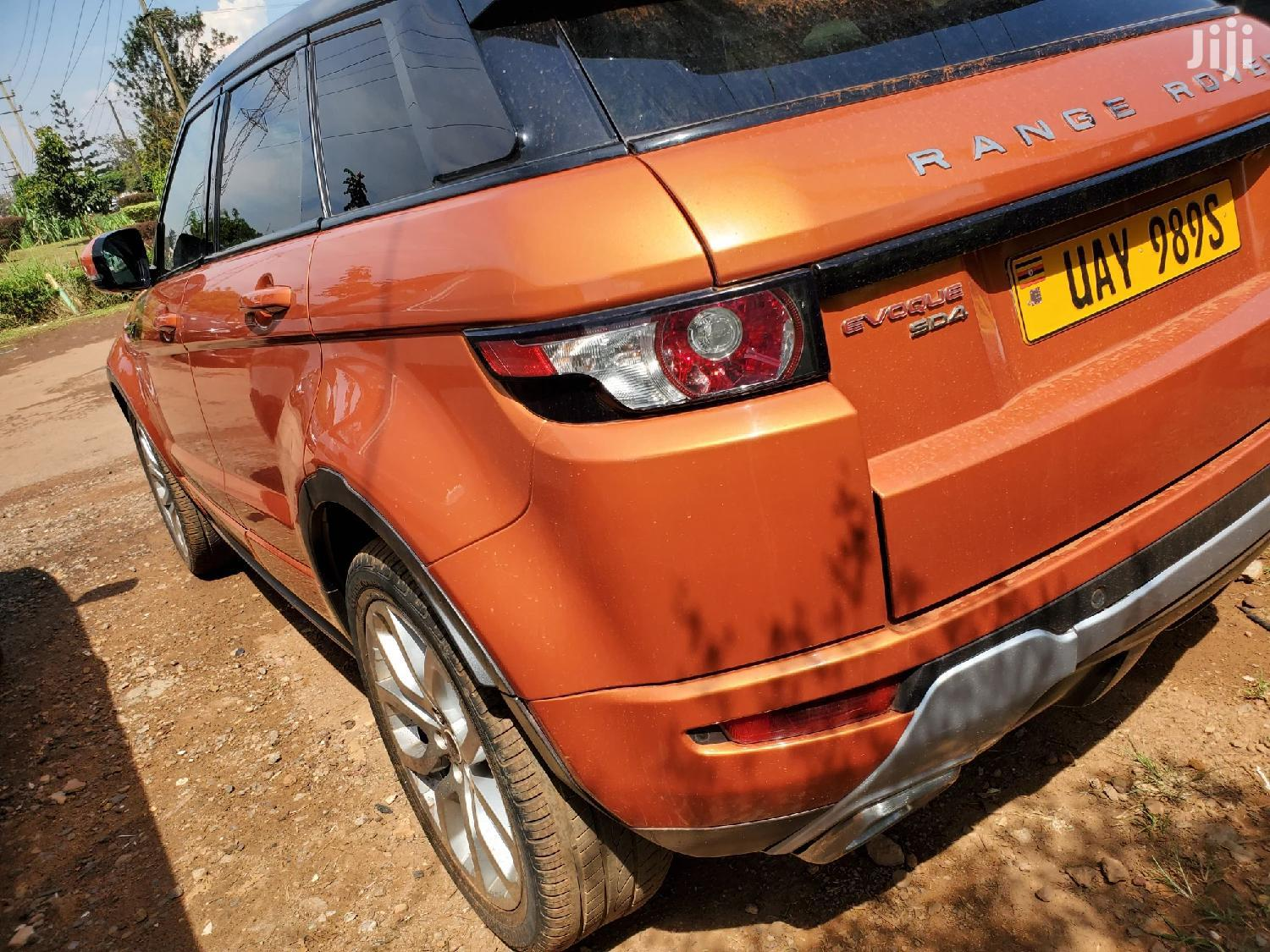 Land Rover Range Rover Evoque 2011 Orange