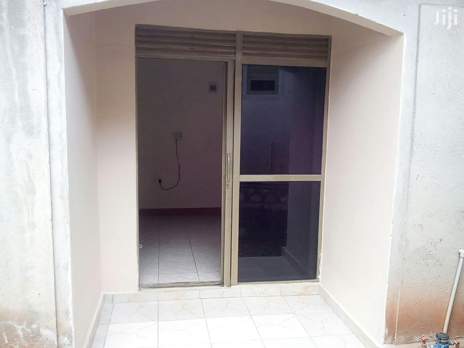 Archive: Ntinda Single Room House for Rent
