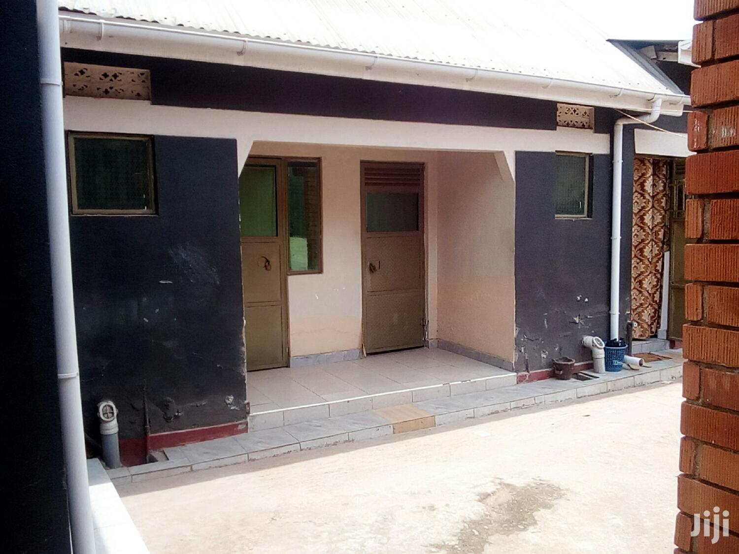 Archive: Single Room House For Rent In Ntinda