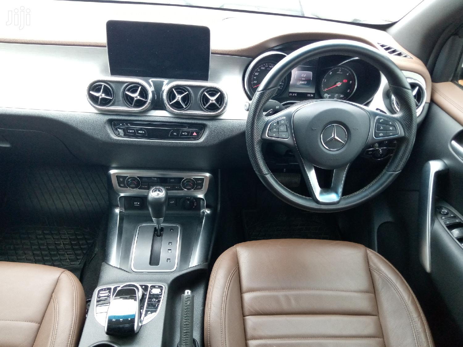 New Mercedes-Benz X Class 2018 White | Cars for sale in Kampala, Central Region, Uganda