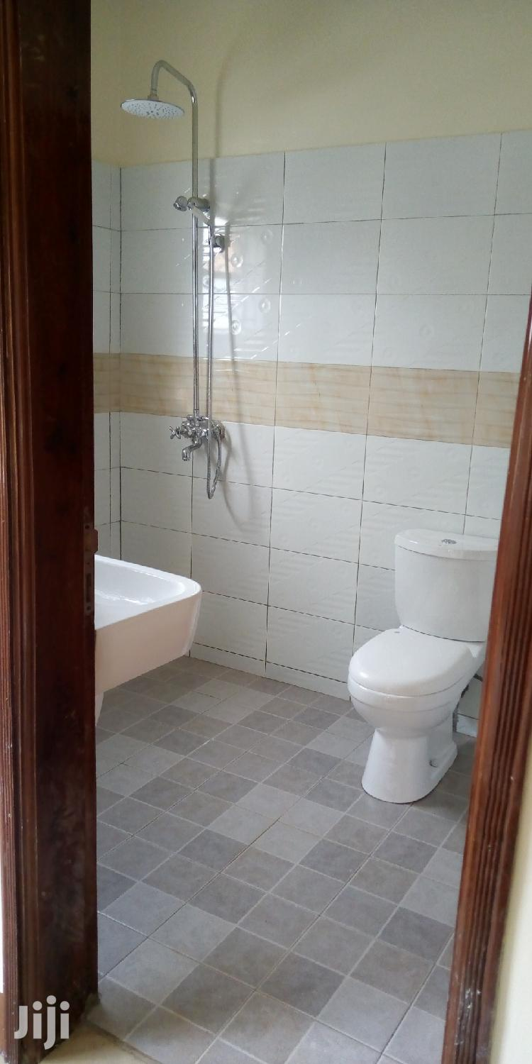Archive: Three Bedroom House in Seeta Town