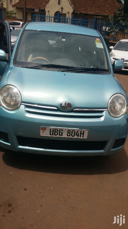 Toyota Sienta 2006 Blue