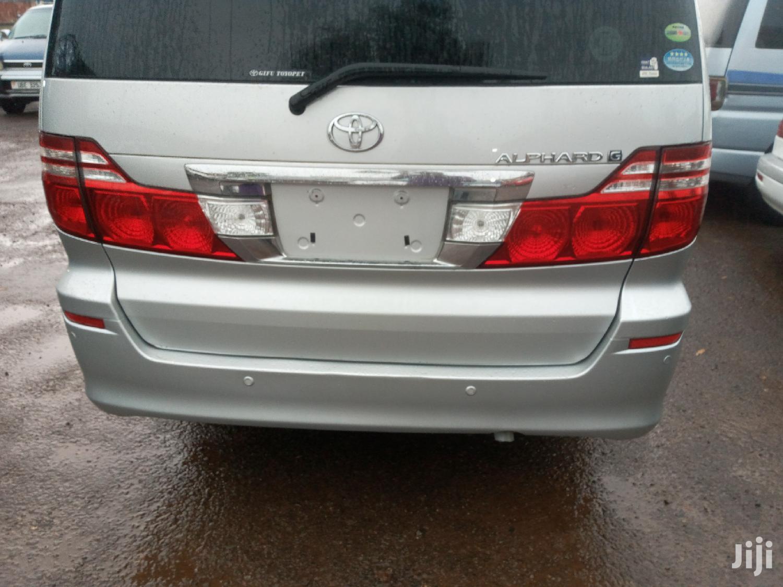 Archive: Toyota Alphard 2006 Silver