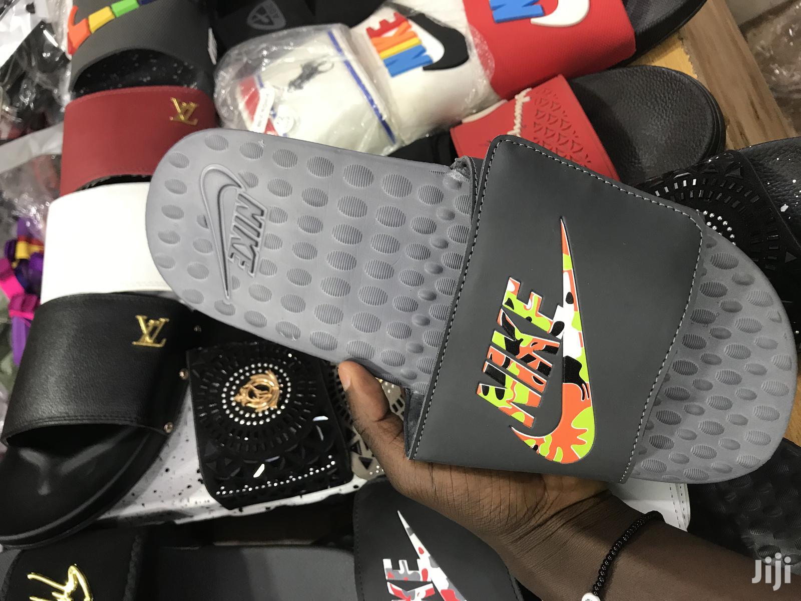 Nike And Adidas Slides Wholesale And Retal