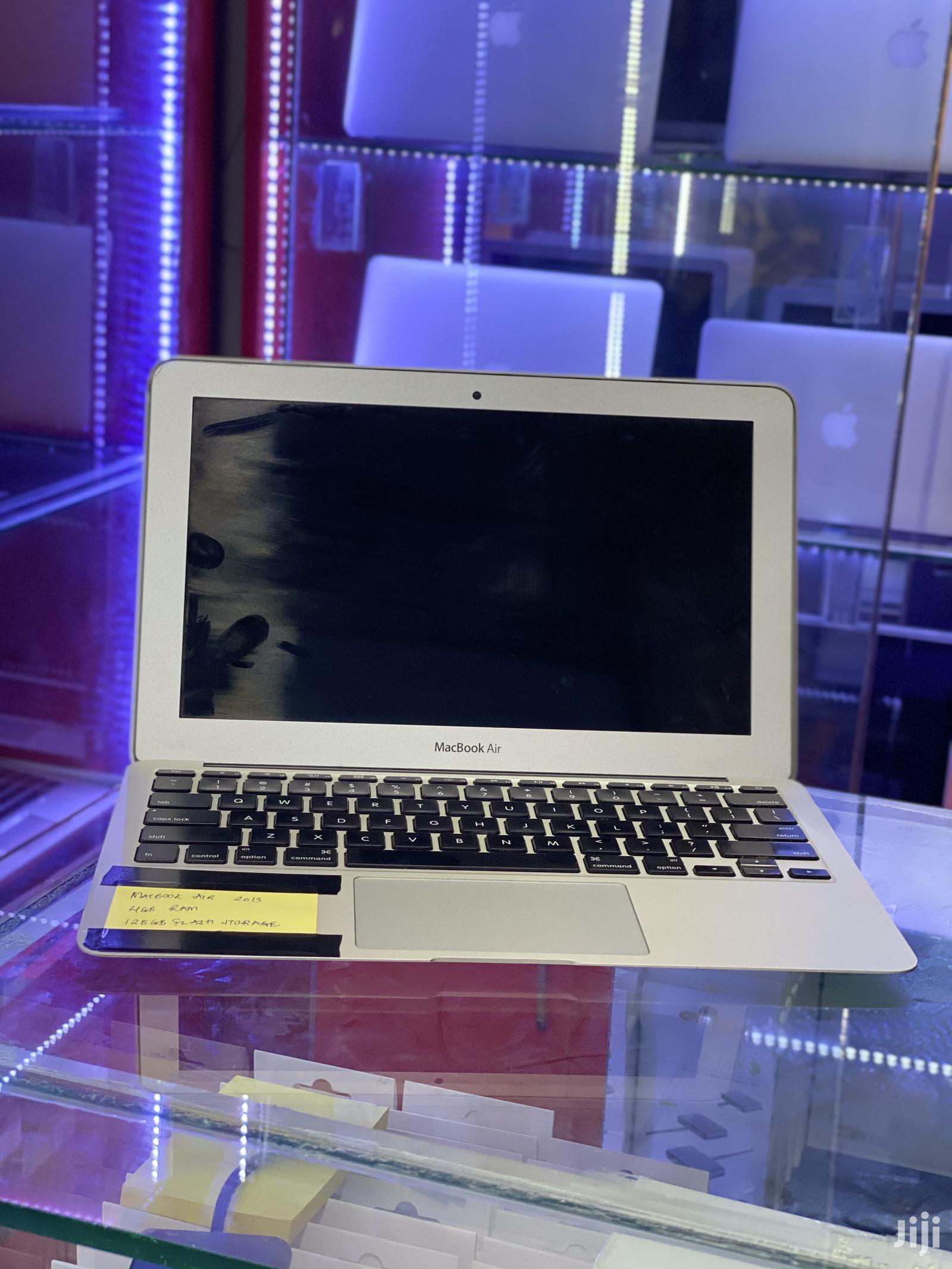 Archive: Laptop Apple MacBook Pro 4GB Intel Core I5 SSHD (Hybrid) 128GB