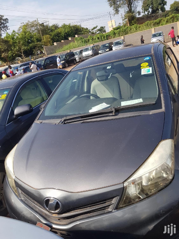 Archive: Toyota Vitz 2011 Gray