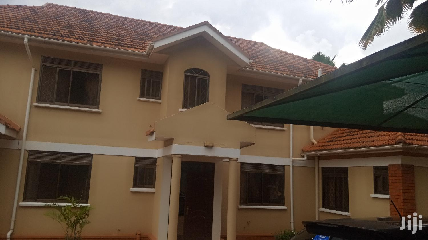 Archive: Beauteful House For Sale In Ntinda Sitting On 50 Decimals