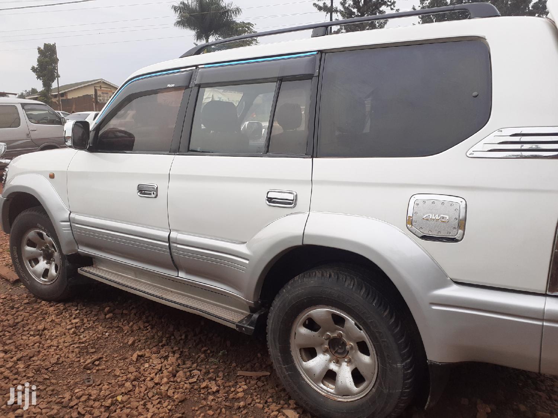 Archive: Toyota Land Cruiser Prado 1998 White