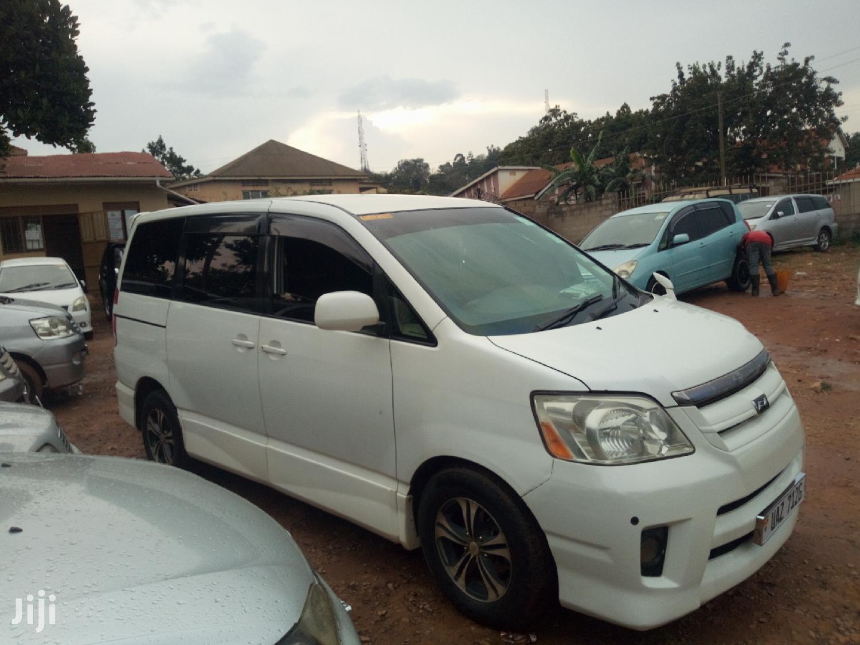 Toyota Noah 2007 White   Cars for sale in Kampala, Central Region, Uganda