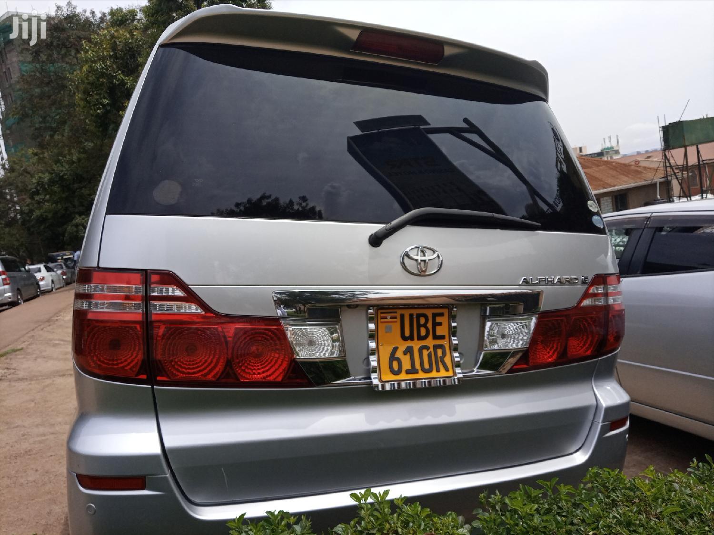 Toyota Alphard 2005 Silver | Cars for sale in Kampala, Central Region, Uganda