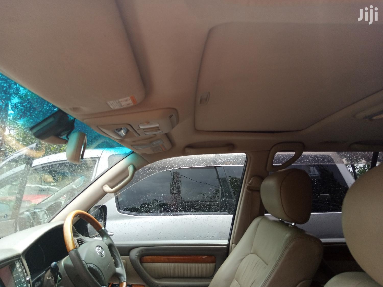 Archive: Toyota Land Cruiser 2006 Black