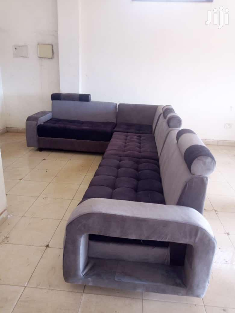 Archive: 7 Seater Sofa Set
