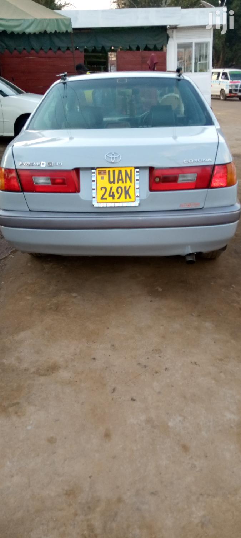 Toyota Premio 1999 White   Cars for sale in Kampala, Central Region, Uganda