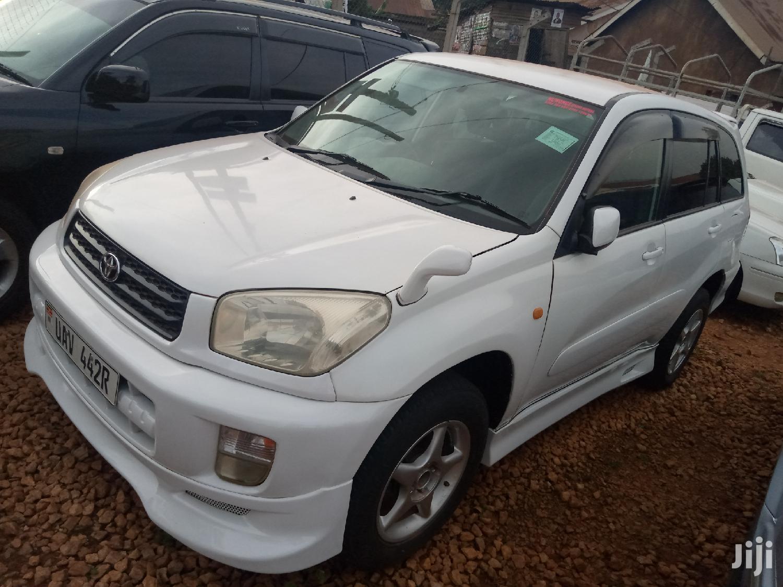 Toyota RAV4 2006 White