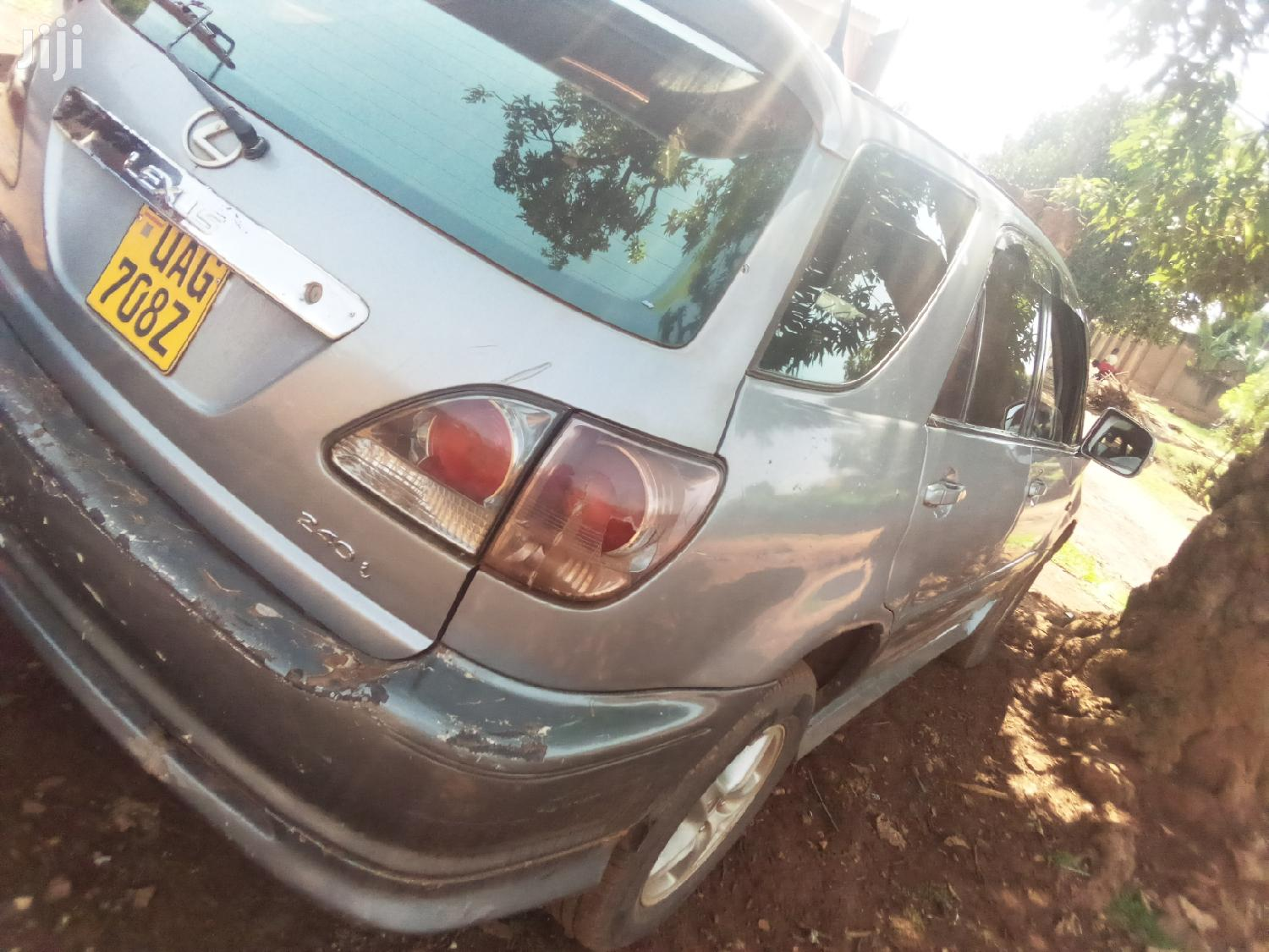 Toyota Harrier 1999 Silver