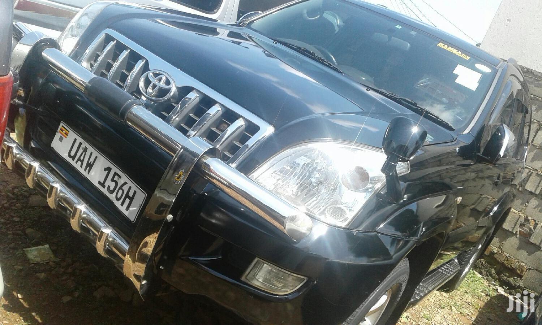 Toyota Land Cruiser 2002 Black