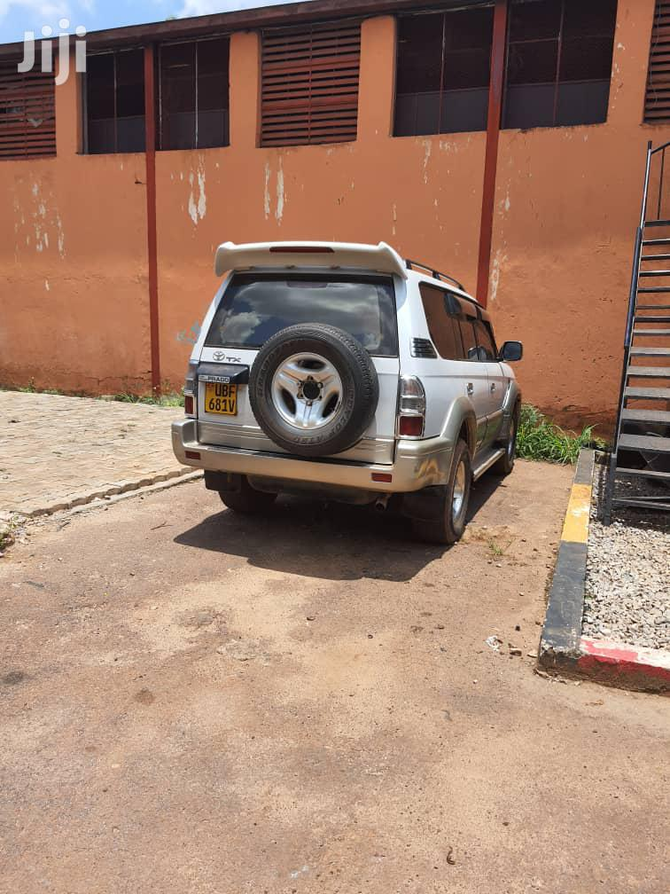 Toyota Land Cruiser Prado 2002 White | Cars for sale in Wakiso, Central Region, Uganda