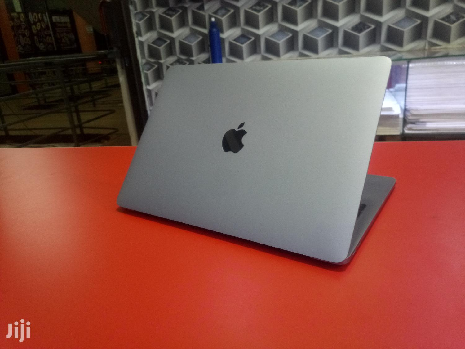 Laptop Apple MacBook Pro 8GB Intel Core I5 SSD 128GB