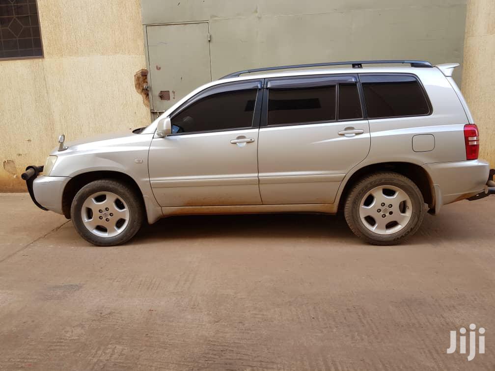 Toyota Kluger 2004 Silver   Cars for sale in Kampala, Central Region, Uganda