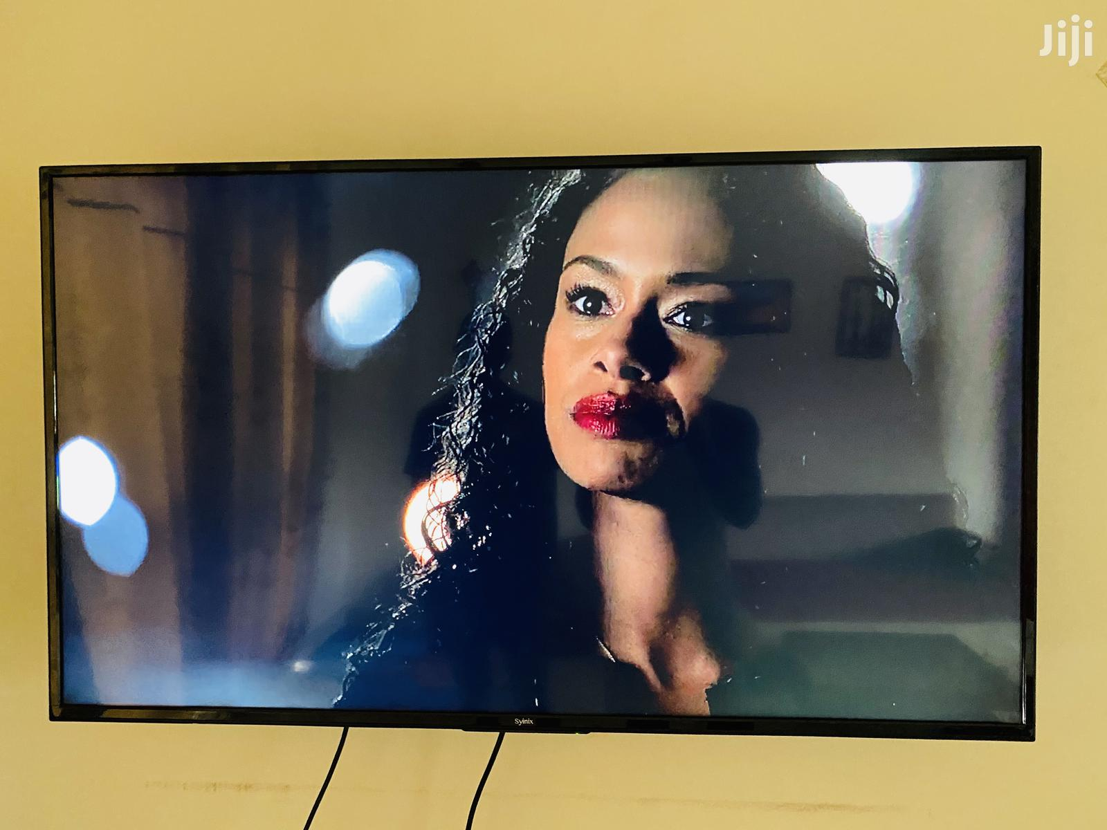It'S A 49inches Smart Siynix | TV & DVD Equipment for sale in Kampala, Central Region, Uganda