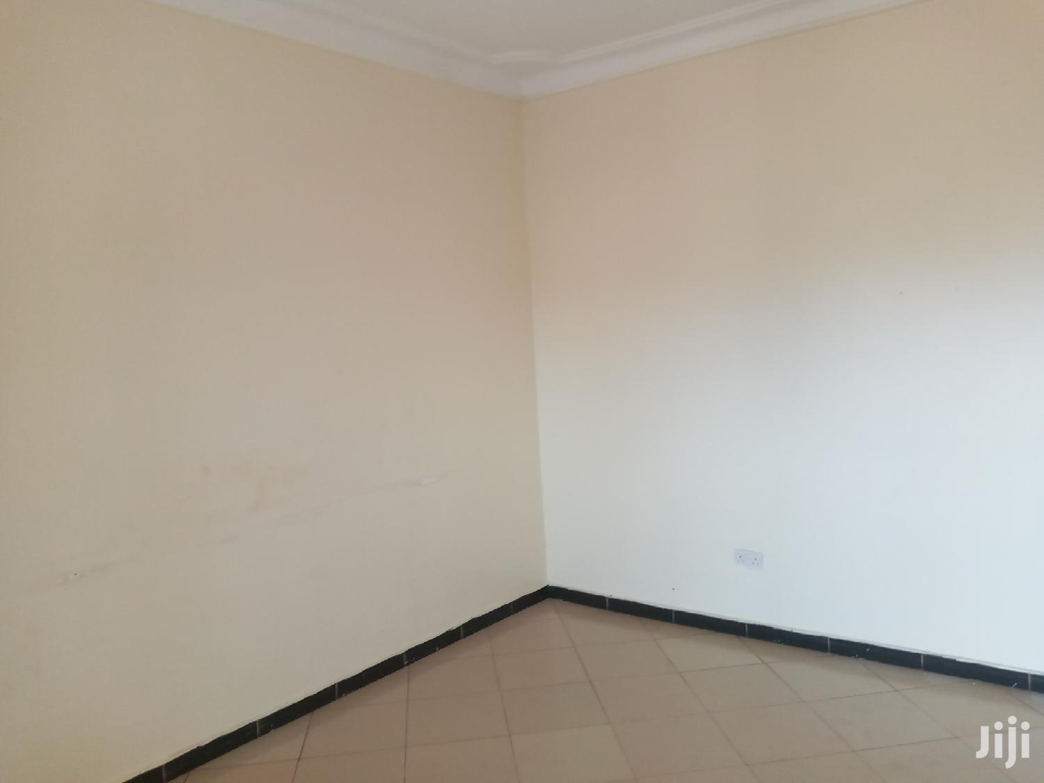Comercial Shops On Forcedsale After Munyonyo On Ntebe Expres | Commercial Property For Sale for sale in Kampala, Central Region, Uganda