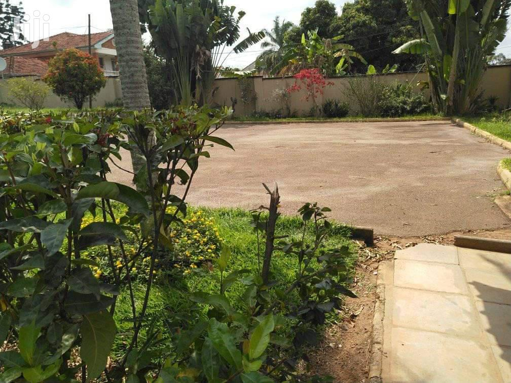 Archive: 40 Decimals for Sale in Bugolobi With a House of 8 Rooms
