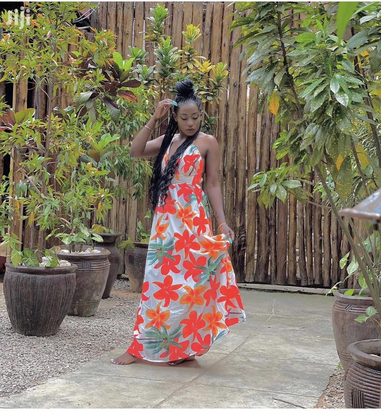 Dress Available Look Flawless and Gorgeous