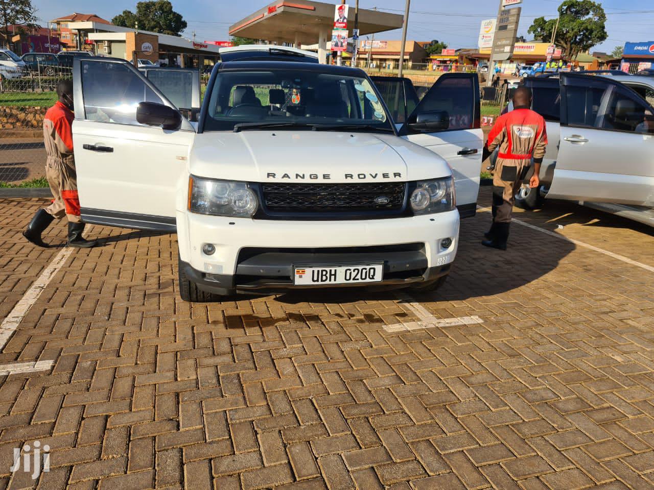 Land Rover Range Rover Sport 2011 White