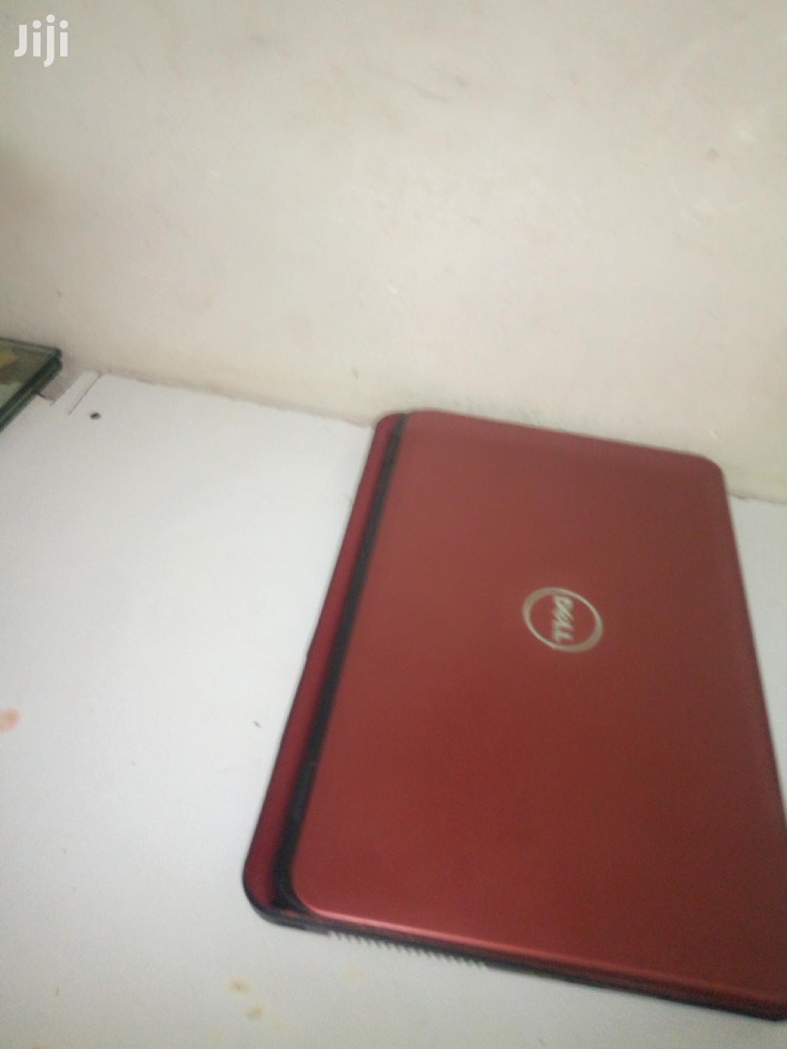 Archive: Laptop Dell Inspiron 15 5555 4GB Intel Core i5 HDD 500GB