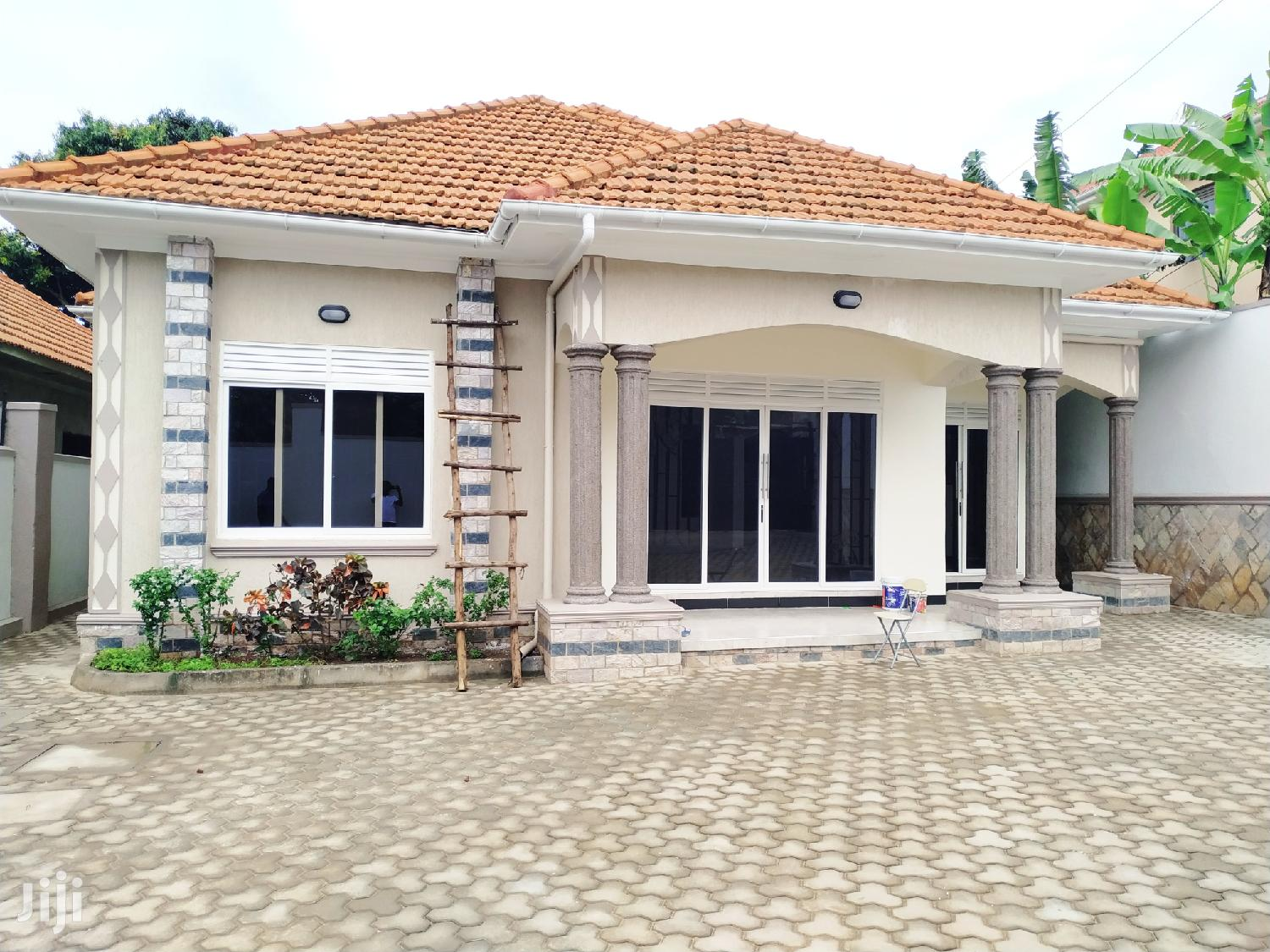 3 Bedroom House For Sale In Kira Mamerito Road