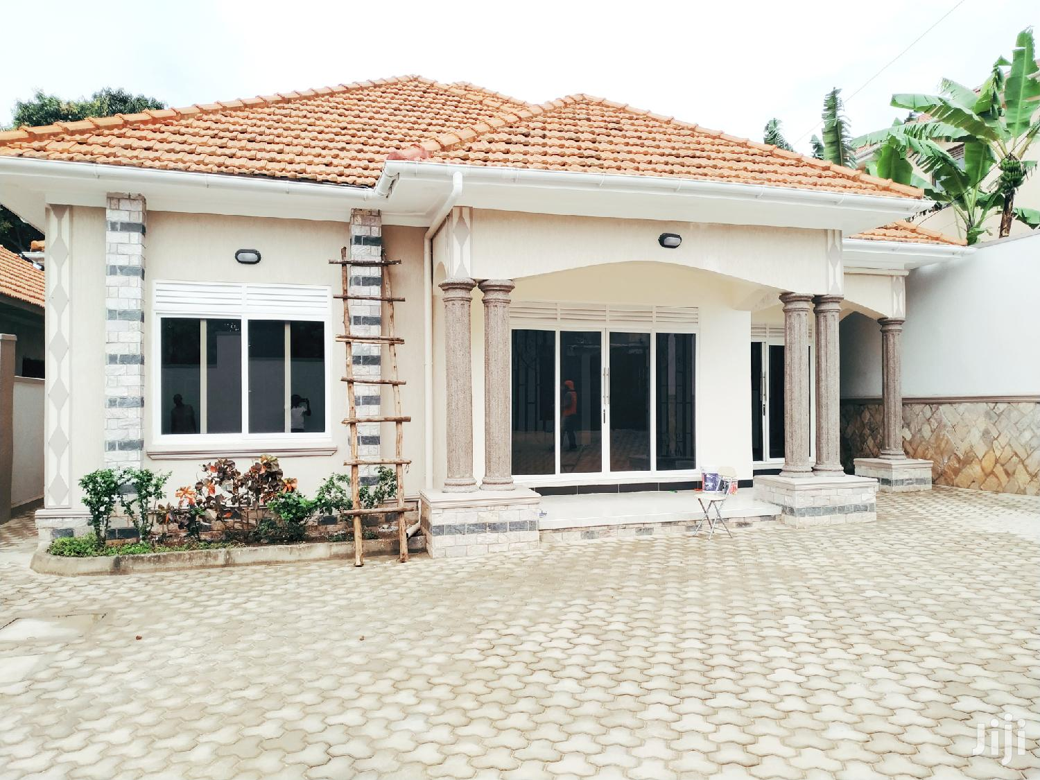 3 Bedroom House For Sale In Kira Mamerito Road | Houses & Apartments For Sale for sale in Kampala, Central Region, Uganda