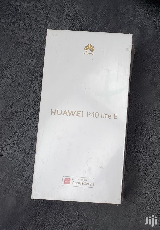 Archive: New Huawei P40 lite E 64GB Black