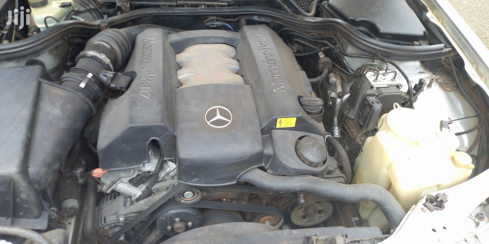 Archive: Mercedes-Benz E240 1998 Silver